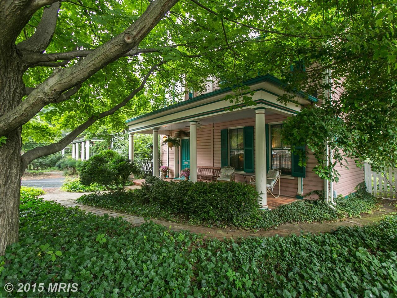 Listings for Beckwith Bolle