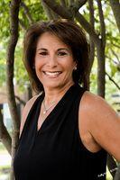 Beth Viscarra