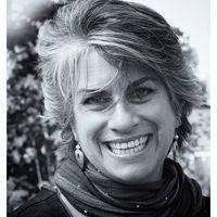 Adrienne Roth