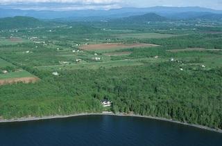 Lakefront & Lake View
