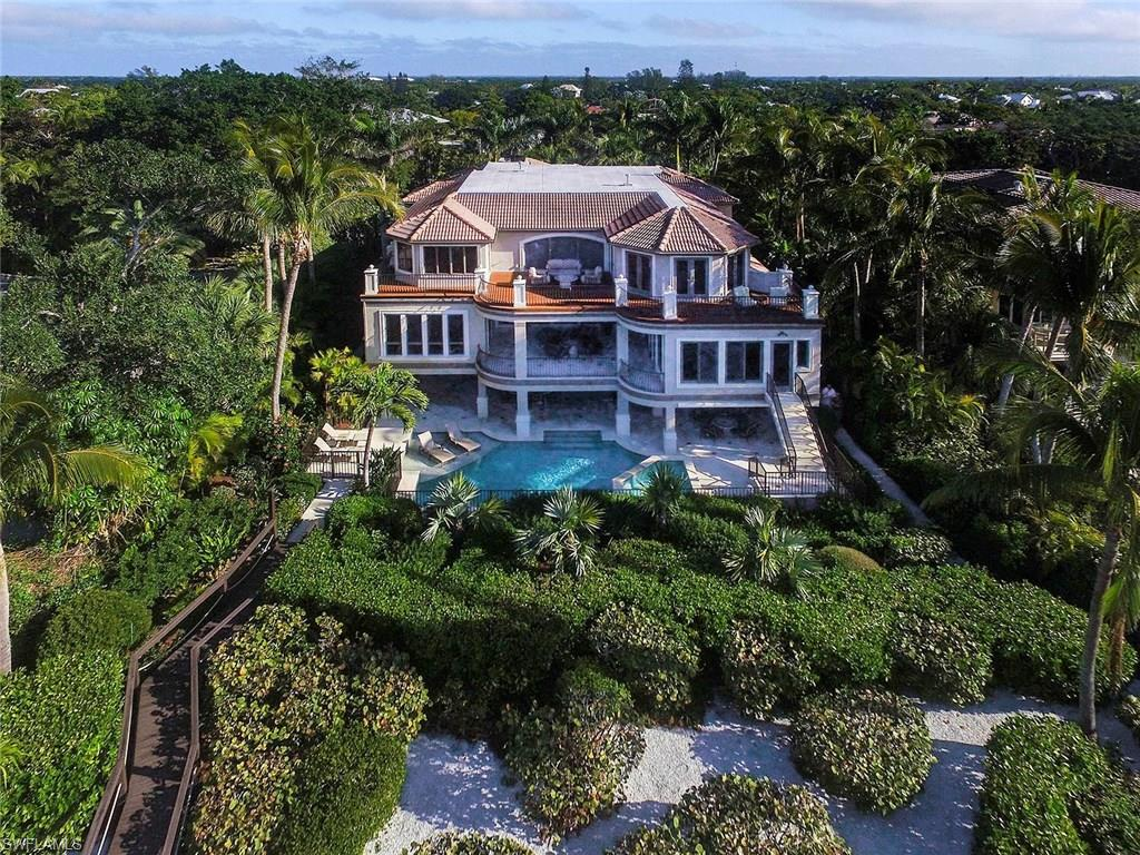 Sanibel Homes with a View