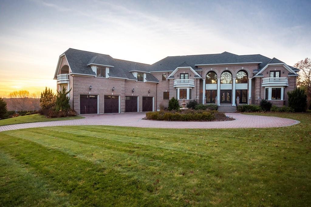 North of Boston Luxury Homes