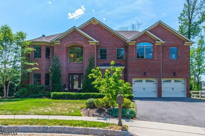 West Orange Homes Between $500k-$800k