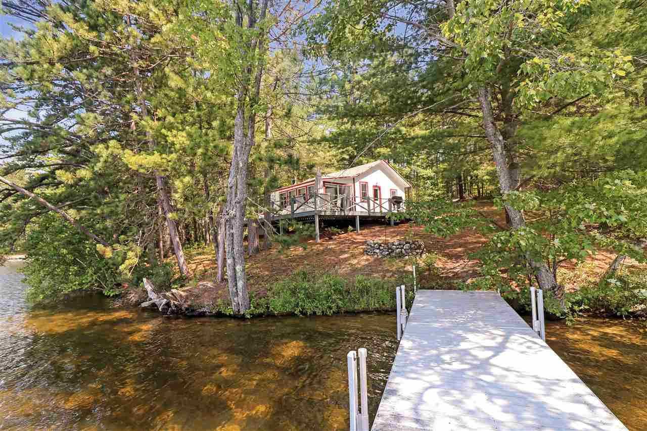Waterfront Lake Homes in New Hampshire between $300,000-$500,000