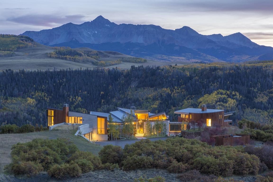 Homes with 25+ Acres