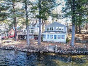 Homes with Deep Water Access