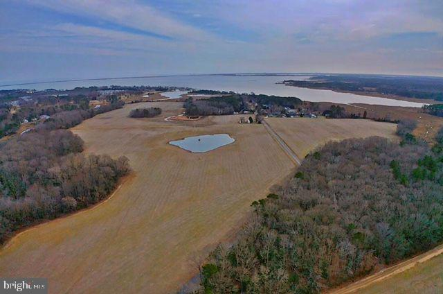 Waterfront Land, Lots & Acreage