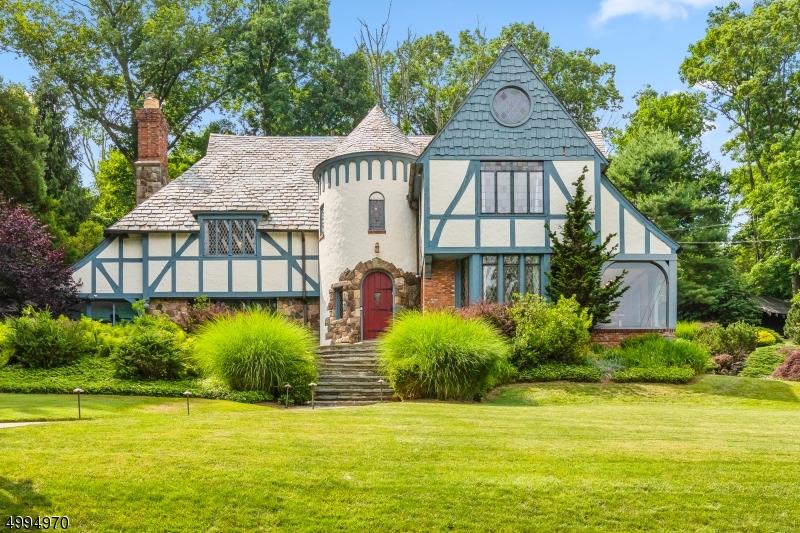 $800K-$1.2M Homes