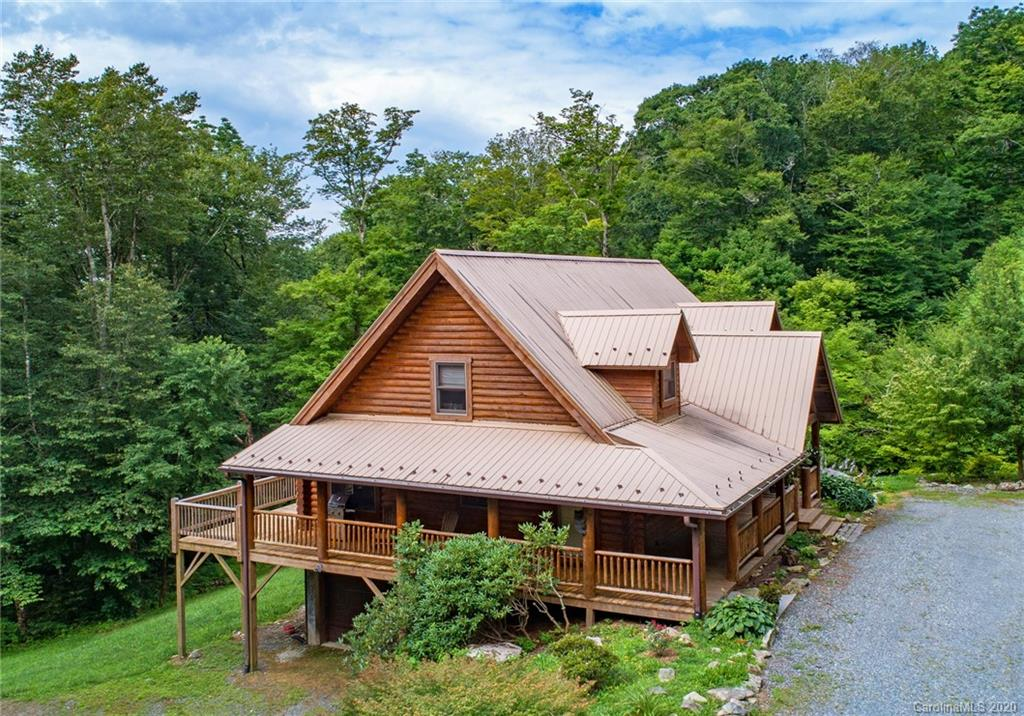 Homes For Sale in Sugar Mountain, NC