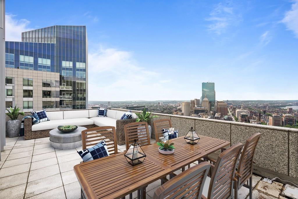 Residences at The Ritz-Carlton Towers, Boston