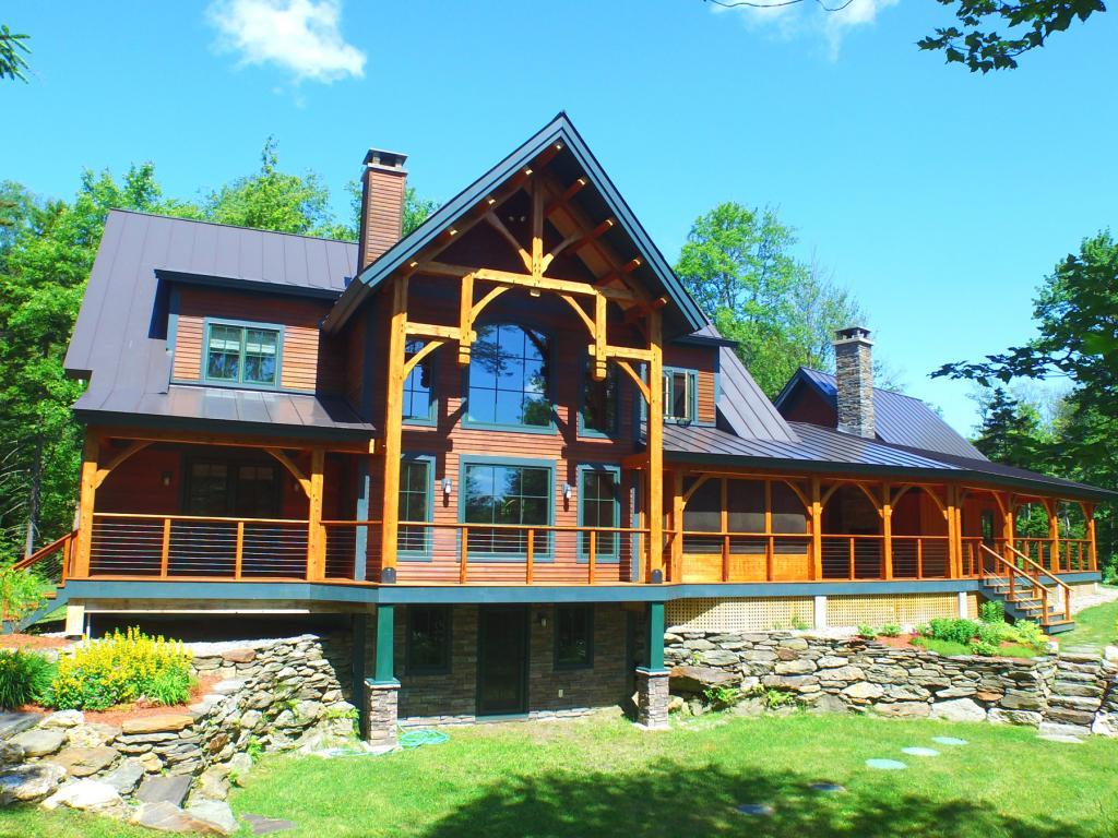 New Englander Homes