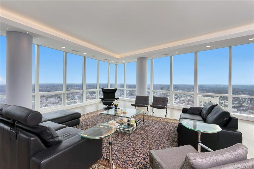 Luxury Corporate Rental in White Plains, NY