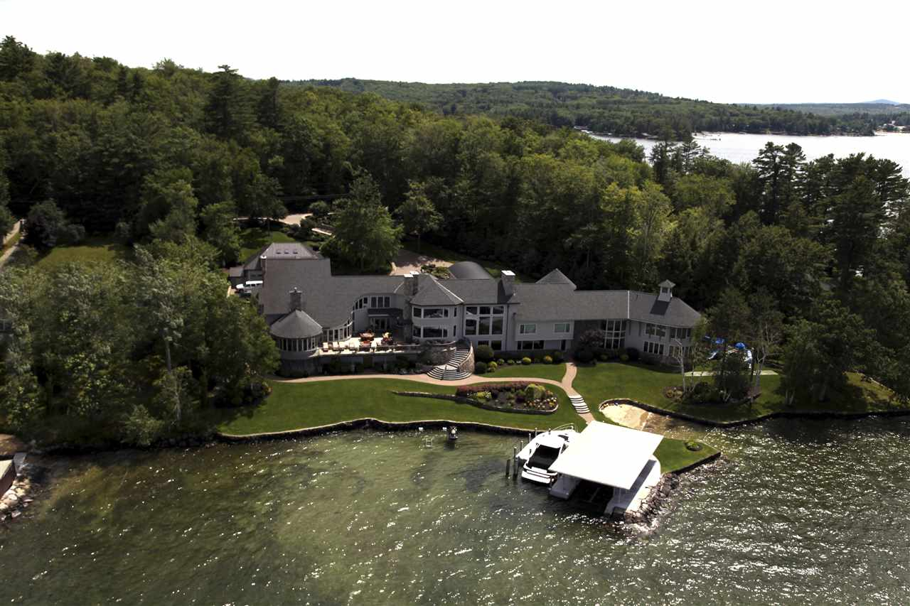 Waterfront Homes with Sandy Beaches