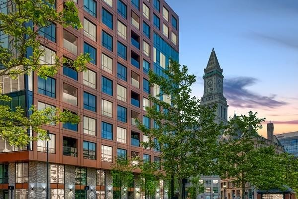 Homes For Sale in Boston's Waterfront District