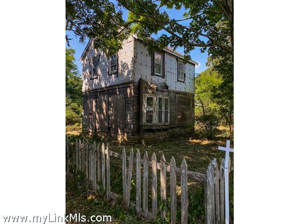 Homes Under $600K