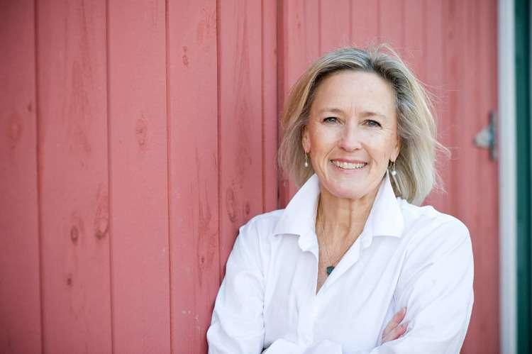 Anne Banfield