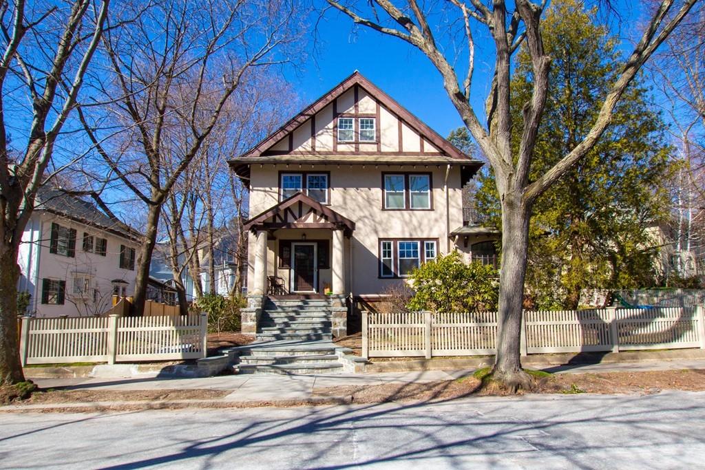 Longwood Residential Past Sales Listings: