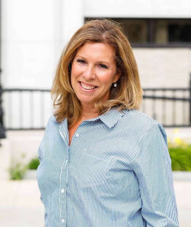 Julie Hammer - The Crossroads Team