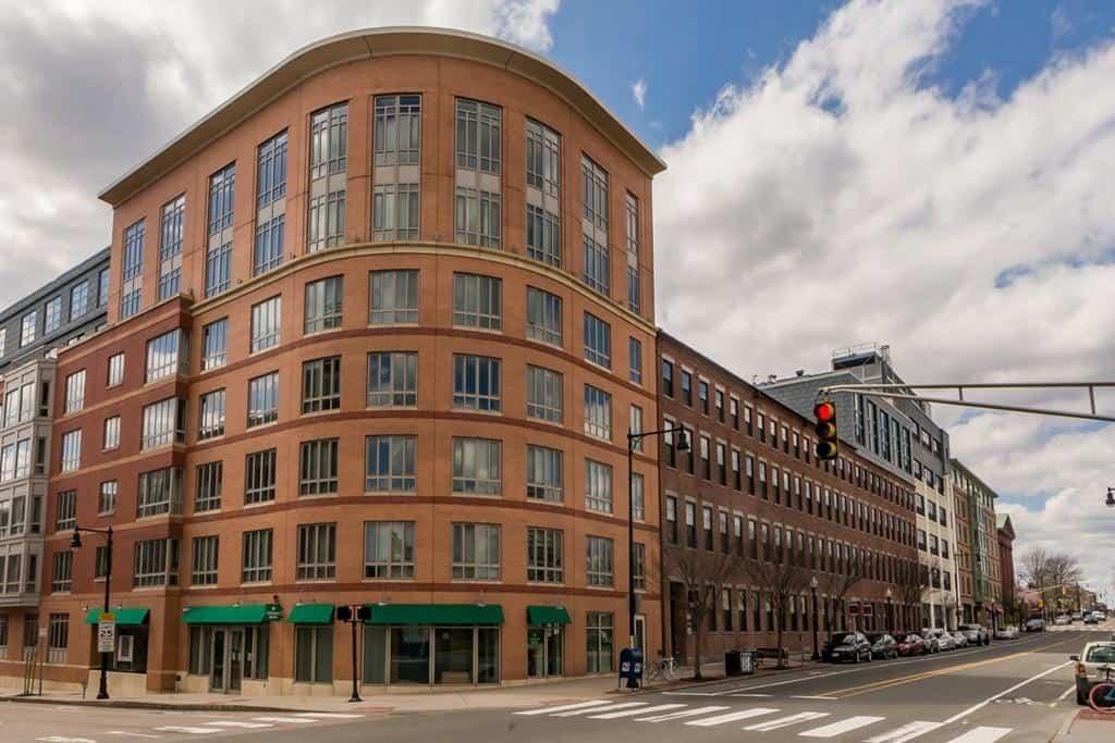 One First Cambridge Condominiums