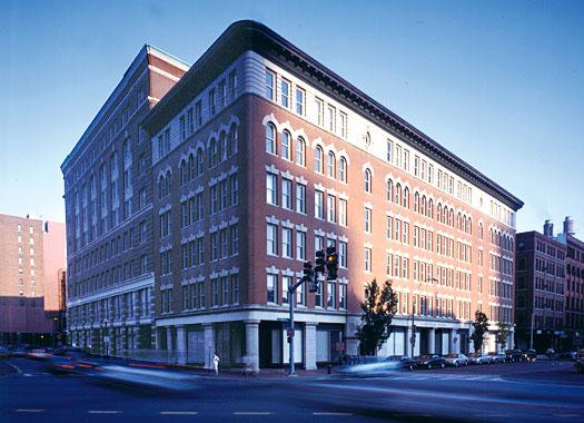Lincoln Plaza Lofts