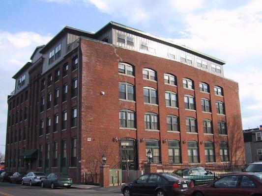 881E 1st Street Lofts