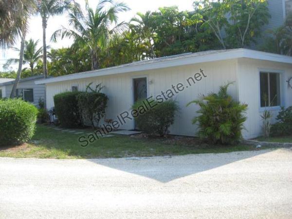 Dugger's Tropical Cottages