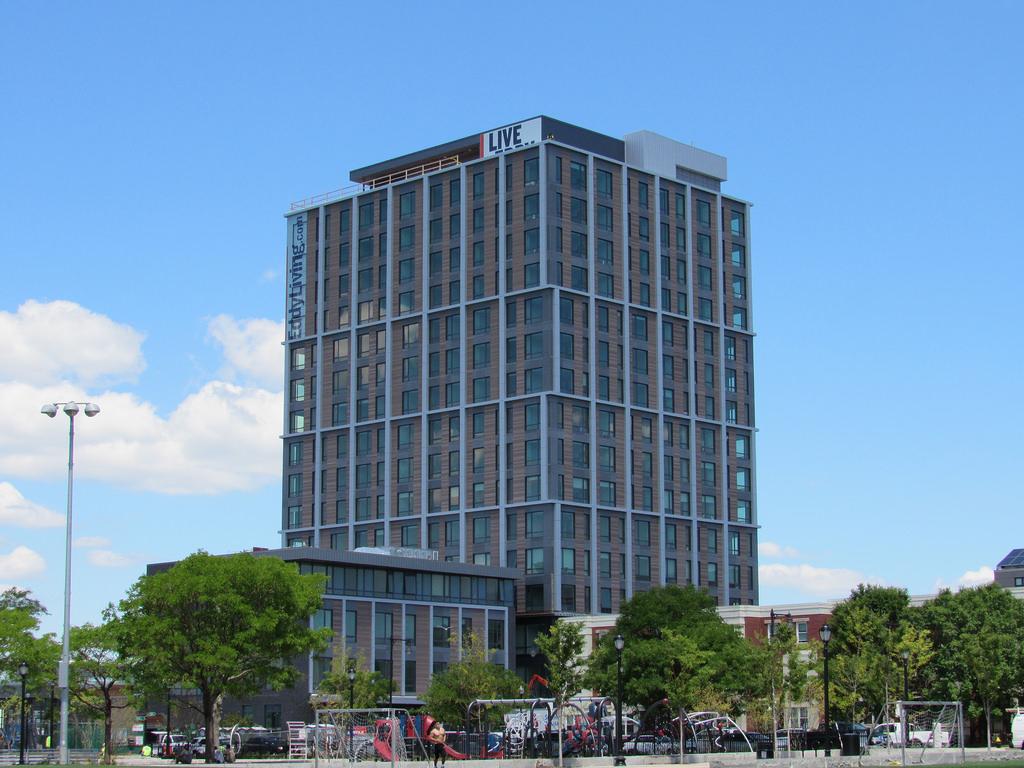 The Eddy | Boston No Fee Luxury Apartments