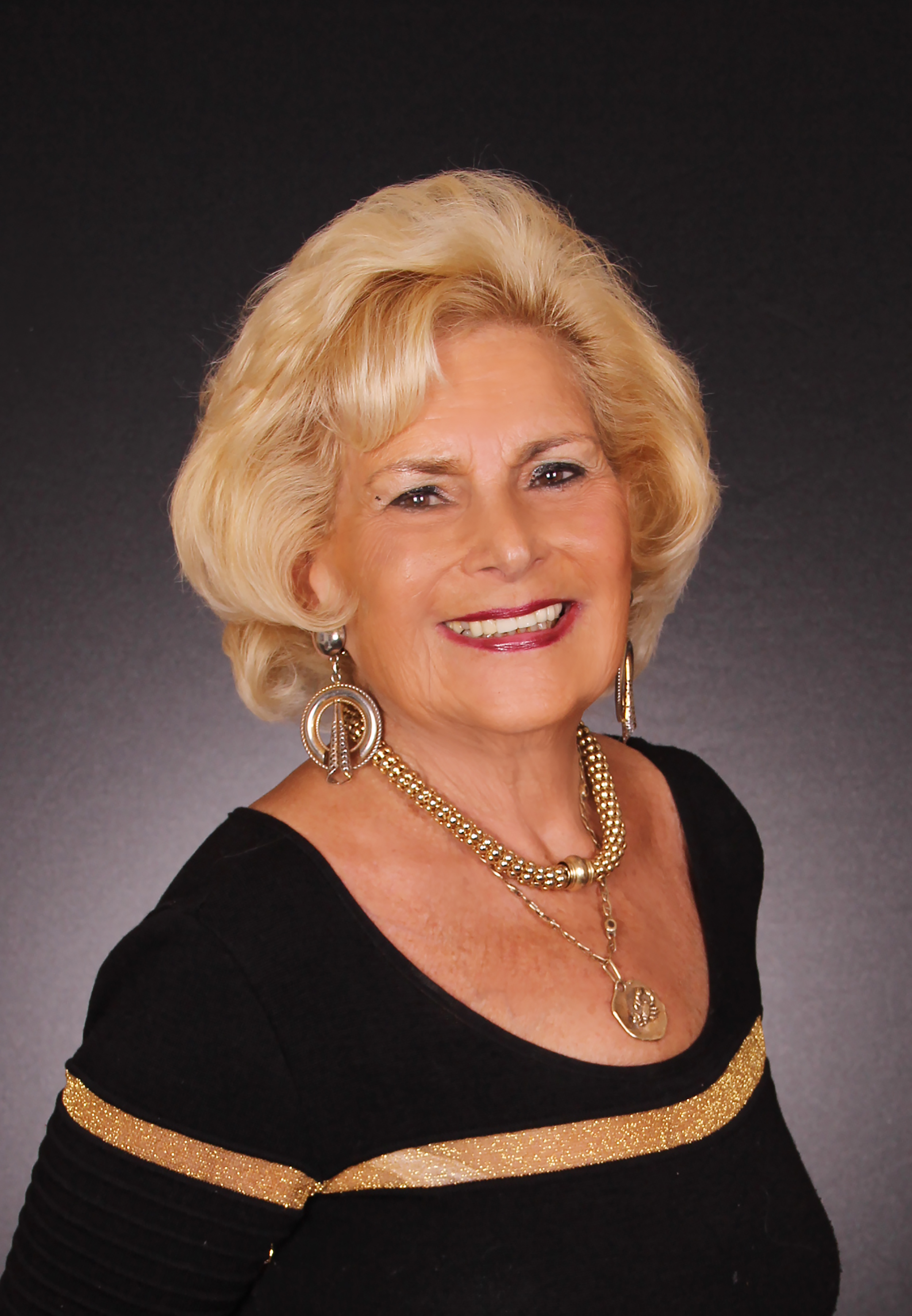 Betty J Levin